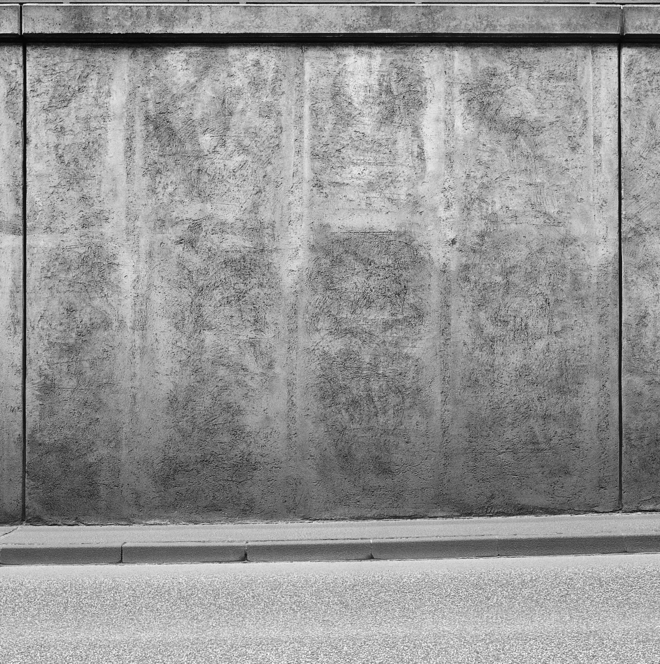 Ossian Fraser Untitled (Tunnel Alexanderplatz), 2016